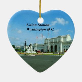 C.C. de Washington Adorno Navideño De Cerámica En Forma De Corazón
