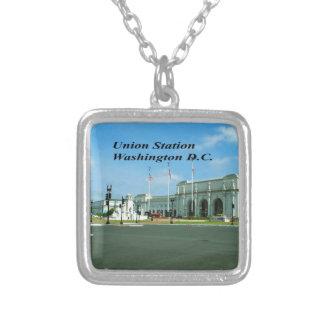 C.C. de Washington Collar Plateado
