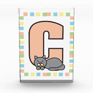 C está para el gato