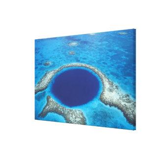 CA, Belice. Vista aérea del agujero azul (diámetro Impresión En Lienzo Estirada
