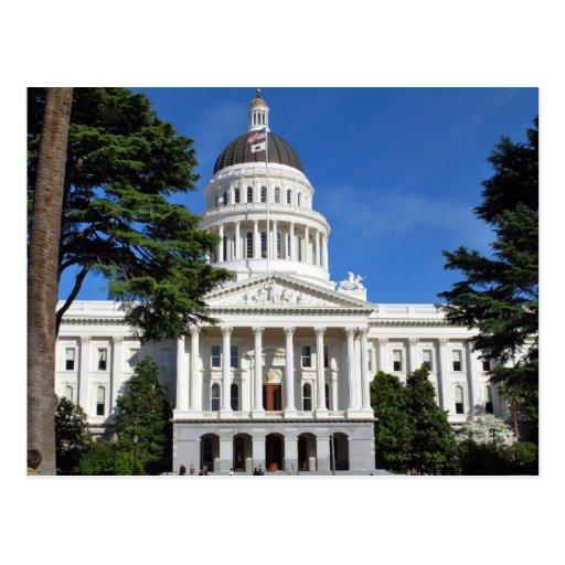 CA state capitol building - Sacramento Post Card
