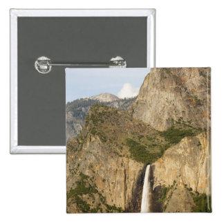 CA, Yosemite NP, caídas de Bridalveil Pin Cuadrado