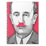 Caballero del vintage con el bigote rosado diverti libros de apuntes