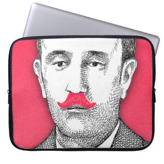 Caballero del vintage con el bigote rosado mangas computadora
