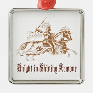 caballero en el ornamento brillante de la armadura adorno navideño cuadrado de metal