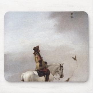 Caballero en un caballo que mira a un halconero tapetes de raton