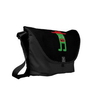 Caballero verde, gorra rojo bolsa de mensajería