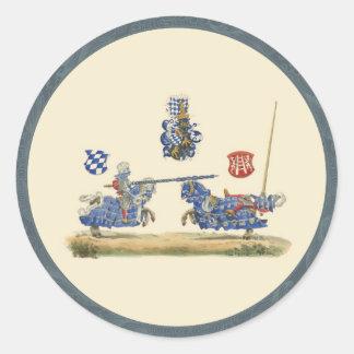 Caballeros Jousting - tema medieval Pegatina Redonda