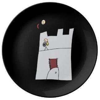Caballeros lindos con el arco y flecha y espada en platos de cerámica