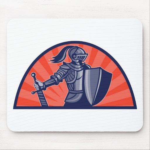 caballeros templar con la espada y el escudo tapete de ratón