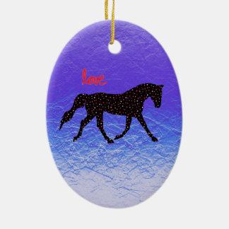 Caballo, amor y corazones adorno navideño ovalado de cerámica