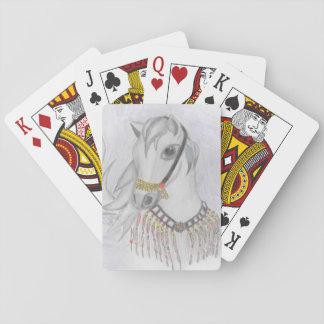 Caballo árabe en traje indio en lápiz del color baraja de cartas
