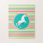 Caballo blanco; Rayas brillantes del arco iris Puzzles