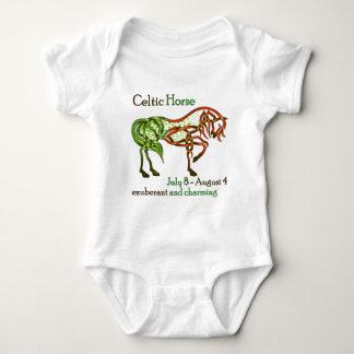 Caballo céltico camisas