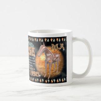 Caballo chino del metal del zodiaco para 1930 1990 taza clásica