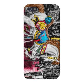 Caballo colorido del carrusel en el carnaval iPhone 5 fundas