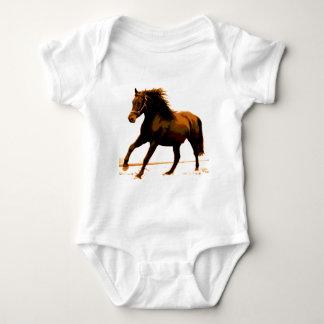 Caballo corriente mameluco de bebé