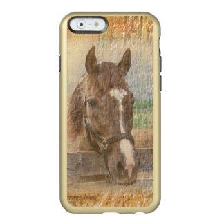 Caballo de Brown con el halter en la madera vieja Funda Para iPhone 6 Plus Incipio Feather Shine