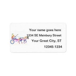 Caballo de carro en el pastel coloreado del etiqueta de dirección