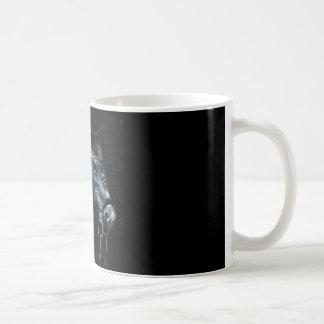 Caballo de la magia negra taza clásica