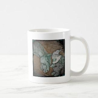 Caballo de labor y el gnomo taza