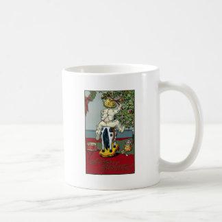 Caballo de montar a caballo del niño en las ruedas taza