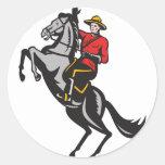 Caballo de montar a caballo montado canadiense del etiquetas redondas
