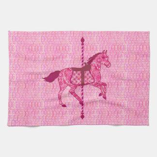 Caballo del carrusel - rosa del fucsia toallas