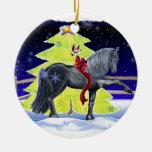 Caballo del día de fiesta adorno navideño redondo de cerámica