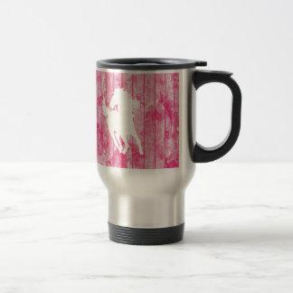 Caballo del inconformista y madera rosada rústica taza térmica