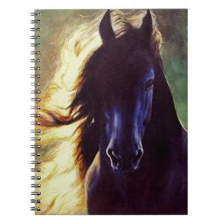 """Caballo del negro del """"resplandor frisio"""", sementa cuadernos"""