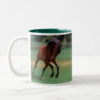 Caballo del rodeo para el vaquero taza dos tonos