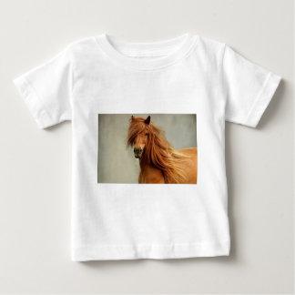 Caballo descarado t-shirts