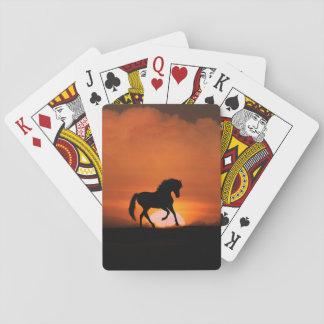 Caballo en los naipes de la puesta del sol barajas de cartas
