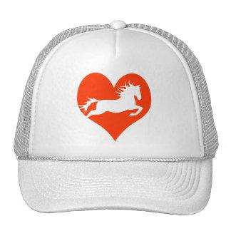 Caballo en mi corazón (blanco en rojo) gorro de camionero