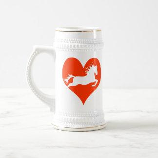 Caballo en mi corazón (blanco en rojo) jarra de cerveza