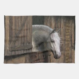 Caballo gris en la puerta estable toallas de cocina