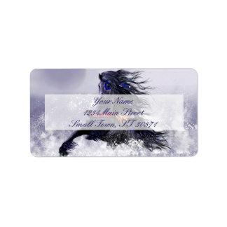 Caballo indio del semental majestuoso azul negro etiqueta de dirección