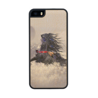 Caballo indio del semental majestuoso azul negro funda de arce carved® para iPhone 5