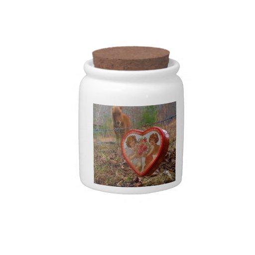 Caballo marrón miniatura del corazón de la tarjeta platos para caramelos