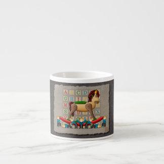 Caballo mecedora de Amish Taza De Espresso
