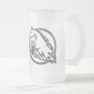 Caballo metálico taza de cristal
