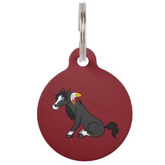 Caballo negro de la acción de gracias con las identificador para mascota