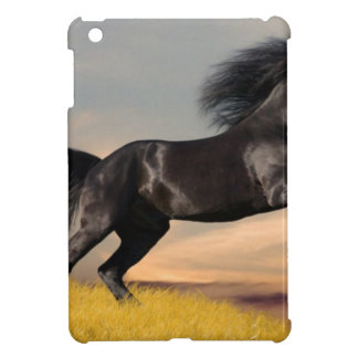 caballo negro en desierto iPad mini coberturas