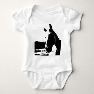 Caballo negro y blanco remera