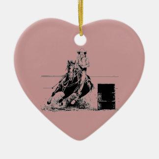 Caballo que compite con del barril adorno navideño de cerámica en forma de corazón