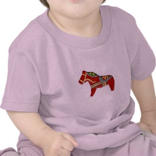 Caballo rojo de Dala Camiseta