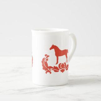 Caballo rojo y blanco del damasco taza de porcelana