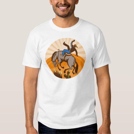 caballo salvaje bucking del vaquero del rodeo playeras