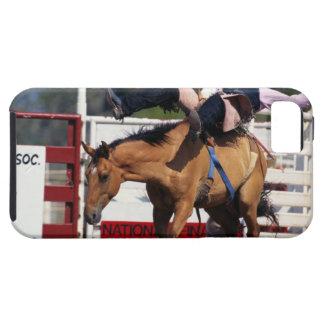 CABALLO SALVAJE BUCKING EN EL RODEO 3 iPhone 5 Case-Mate COBERTURA